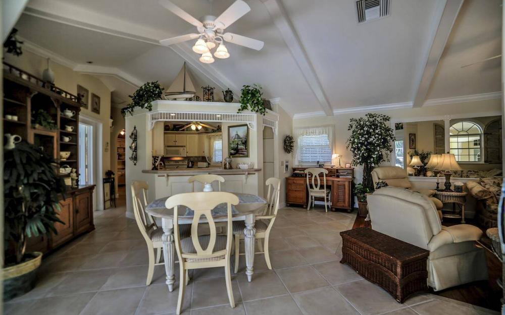 971 Lido Ct, Marco Island - Home For Sale 236890552