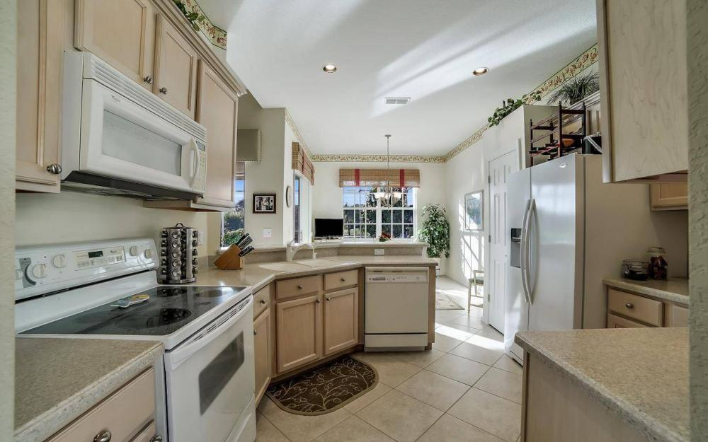 23008 Tree Crest Ct, Bonita Springs - Home For Sale 414623545