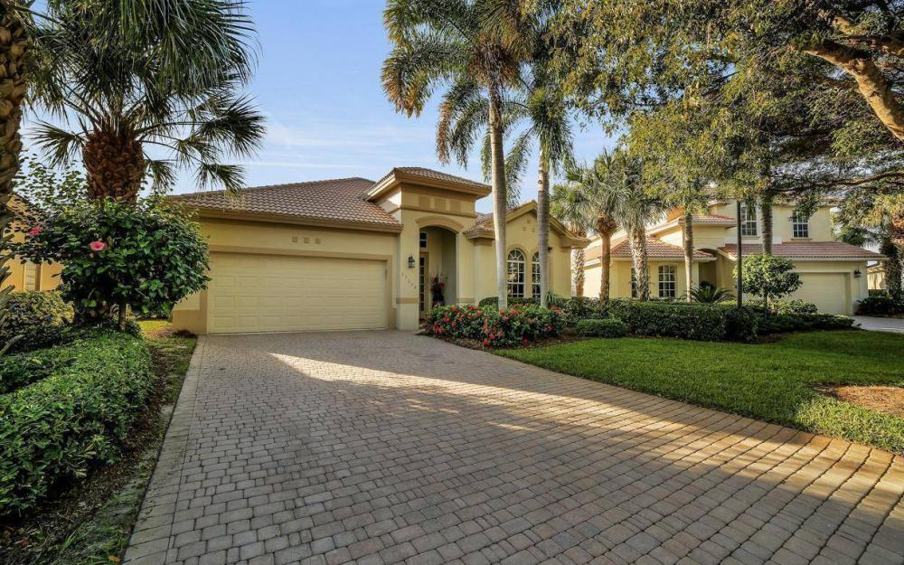 23008 Tree Crest Ct, Bonita Springs - Home For Sale 1297524967