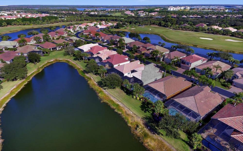 17843 Modena Rd, Miromar Lakes - Home For Sale 74142201
