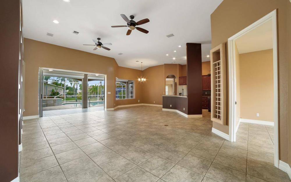 5206 SW 10th Ave, Cape Coral - Home For Sale 1586115333