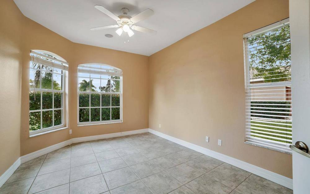 5206 SW 10th Ave, Cape Coral - Home For Sale 1016414951