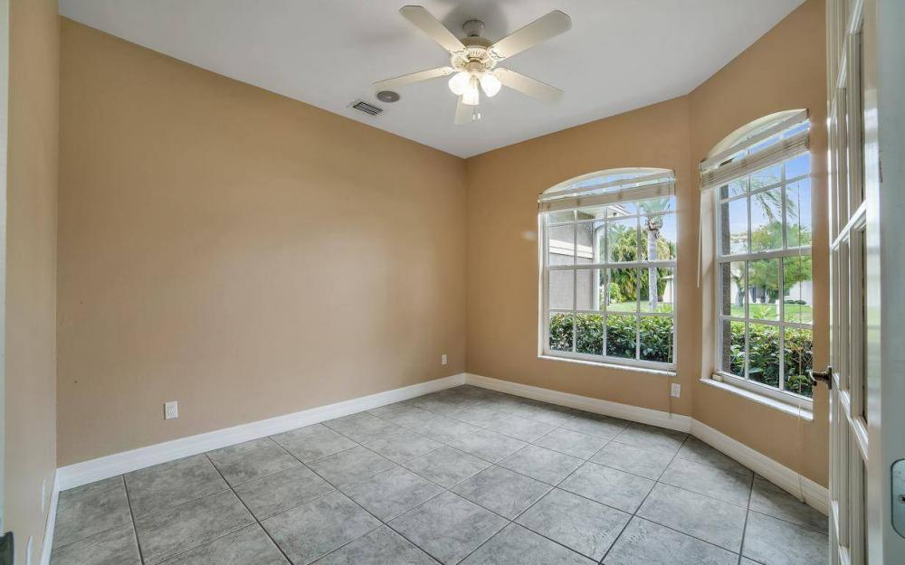 5206 SW 10th Ave, Cape Coral - Home For Sale 16483919