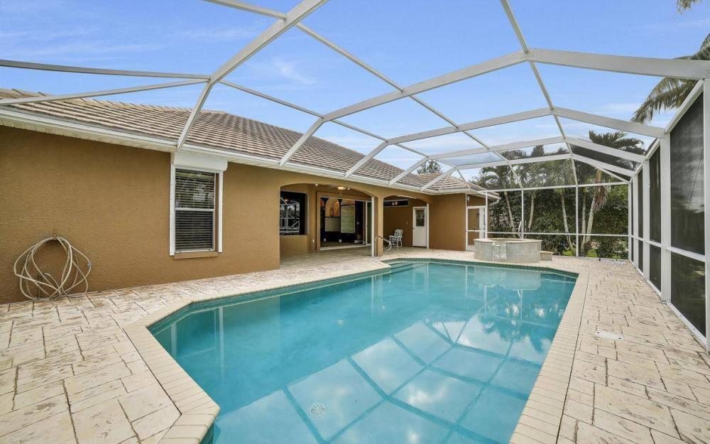5206 SW 10th Ave, Cape Coral - Home For Sale 63714741
