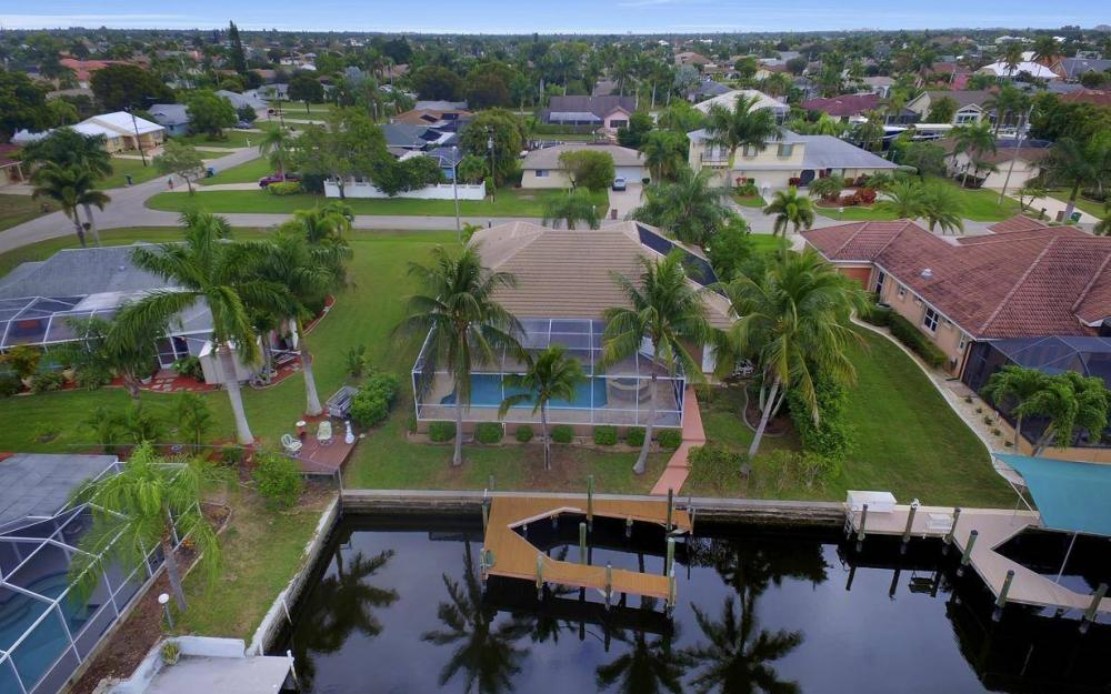 5206 SW 10th Ave, Cape Coral - Home For Sale 2130989101