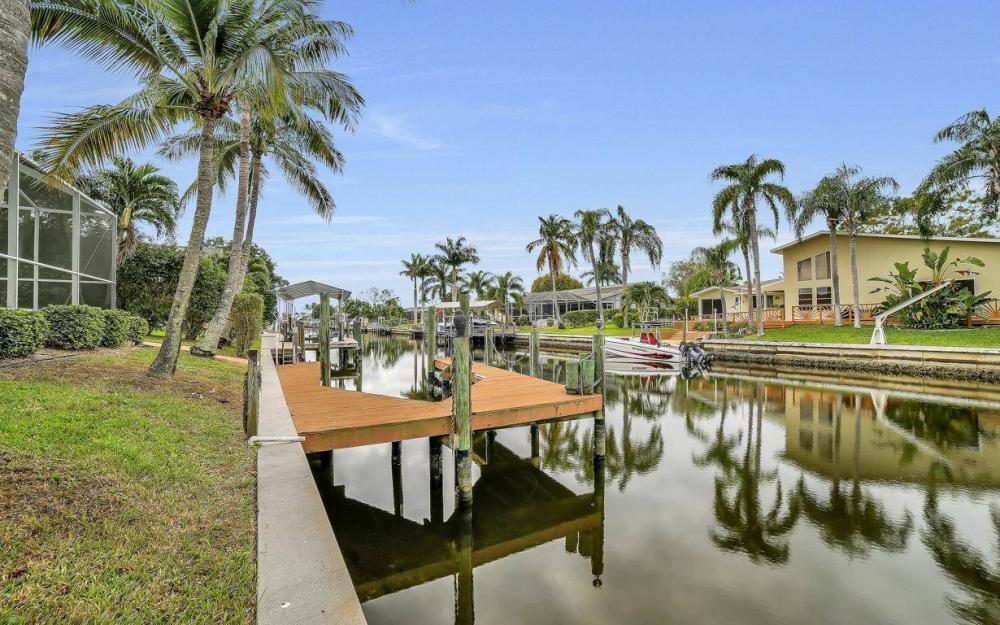 5206 SW 10th Ave, Cape Coral - Home For Sale 936709542