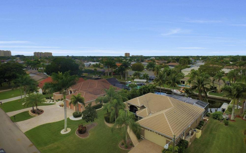 5206 SW 10th Ave, Cape Coral - Home For Sale 1401371174