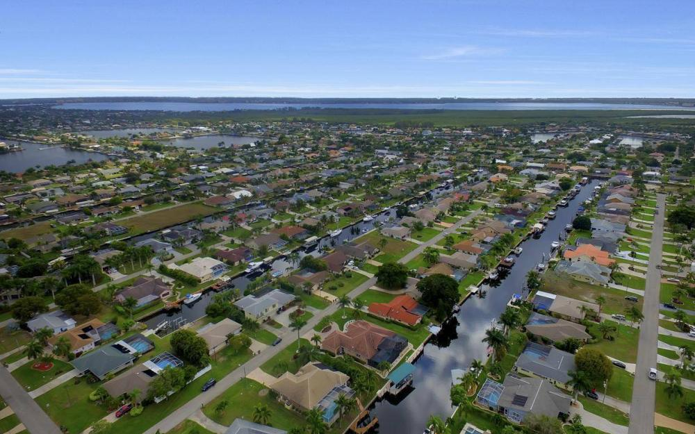 5206 SW 10th Ave, Cape Coral - Home For Sale 512903226