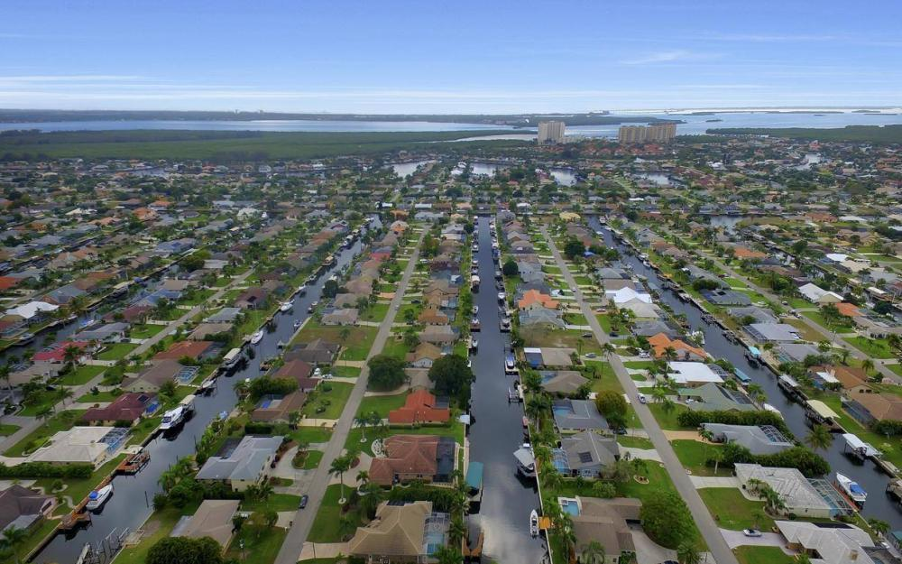 5206 SW 10th Ave, Cape Coral - Home For Sale 1447978310