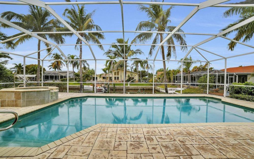 5206 SW 10th Ave, Cape Coral - Home For Sale 400971879