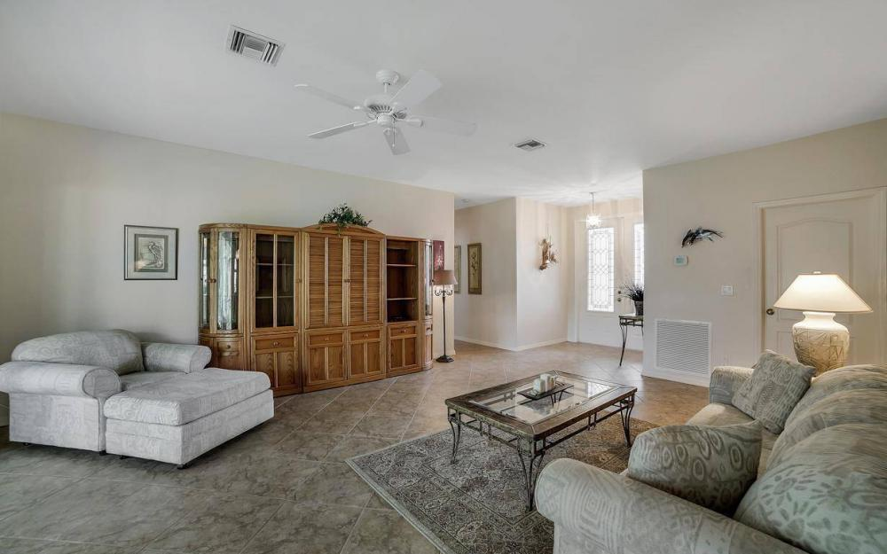 25781 Old Gaslight Dr, Bonita Springs - Home For Sale 1157553987