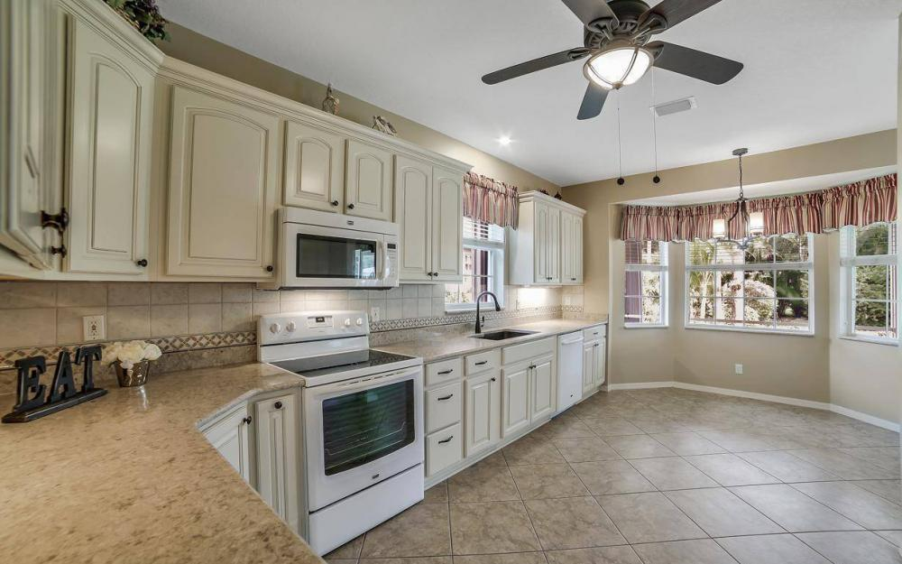 25781 Old Gaslight Dr, Bonita Springs - Home For Sale 1488972141