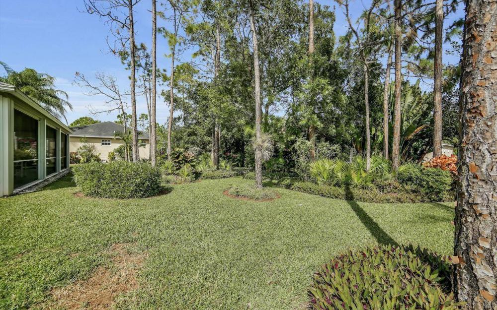 25781 Old Gaslight Dr, Bonita Springs - Home For Sale 956178432