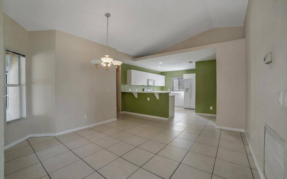 3325 SW 26th Pl, Cape Coral - Home For Sale 648101912