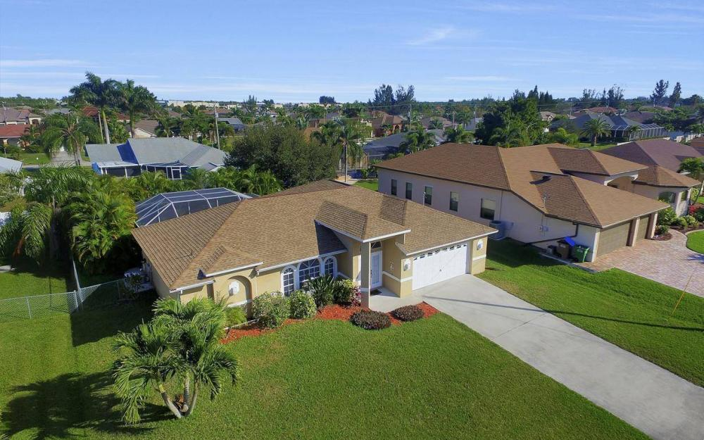 3325 SW 26th Pl, Cape Coral - Home For Sale 1259265866