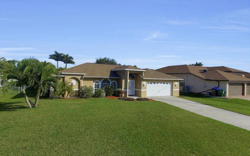 3325 SW 26th Pl, Cape Coral - Home For Sale 1146347299