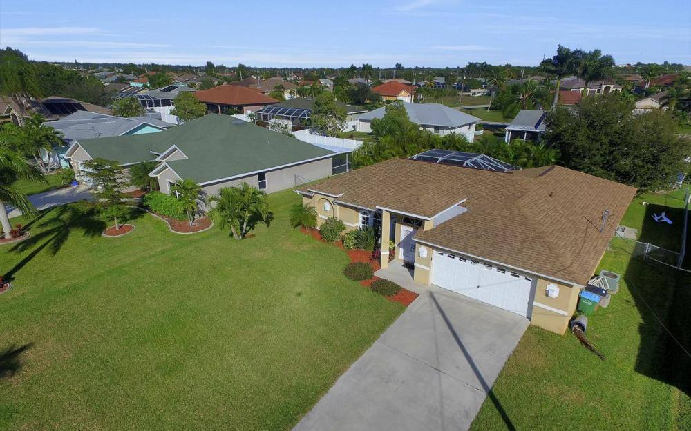 3325 SW 26th Pl, Cape Coral - Home For Sale 2057119642