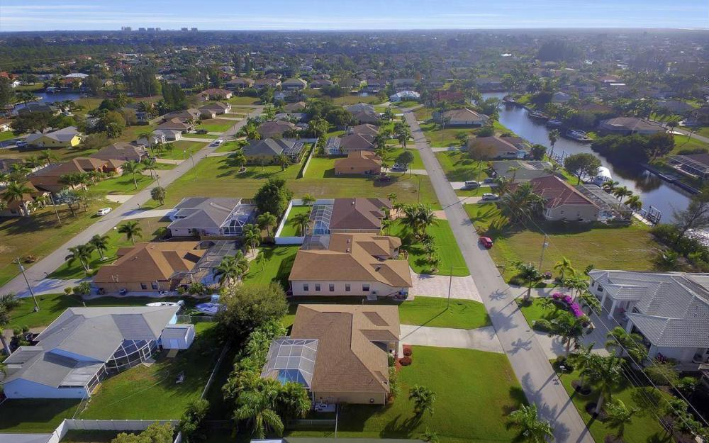 3325 SW 26th Pl, Cape Coral - Home For Sale 927819494