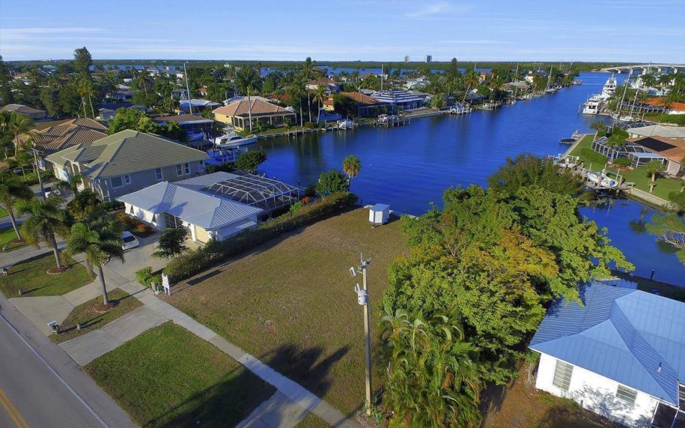 837 N Barfield Dr, Marco Island - Lot For Sale 1927377380