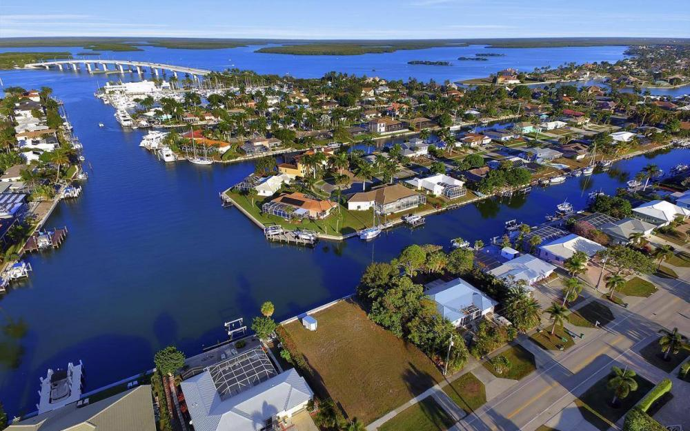 837 N Barfield Dr, Marco Island - Lot For Sale 1242619901