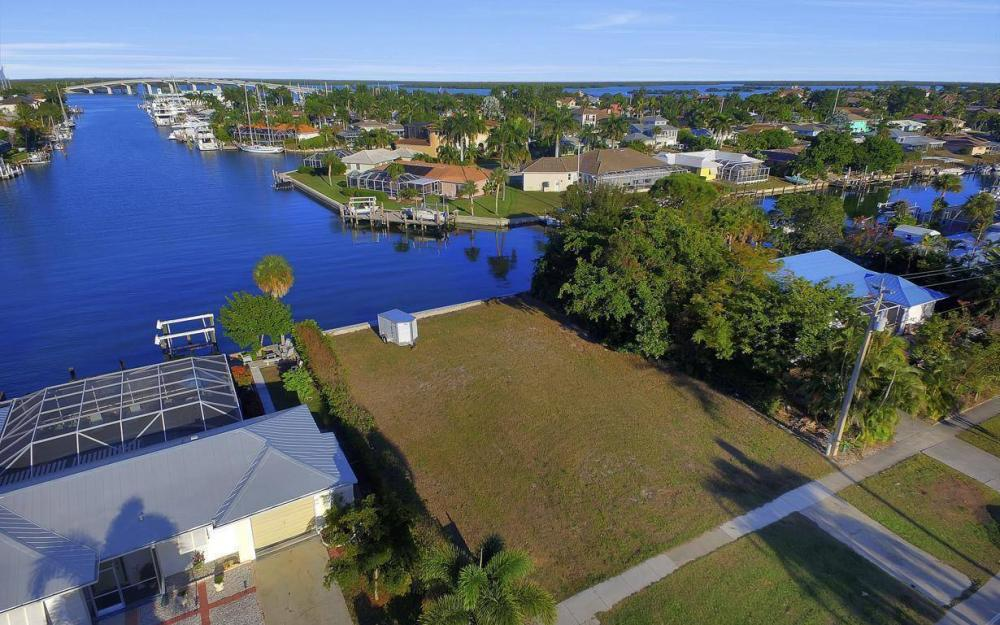 837 N Barfield Dr, Marco Island - Lot For Sale 90128243