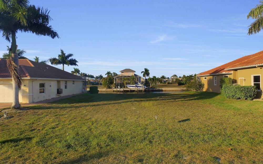 1068 Cottonwood Ct, Marco Island - Lot For Sale 1278347909