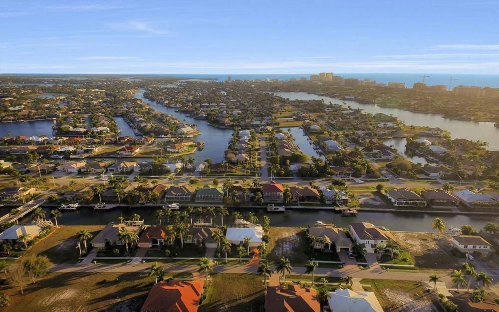 1068 Cottonwood Ct, Marco Island - Lot For Sale 277574694