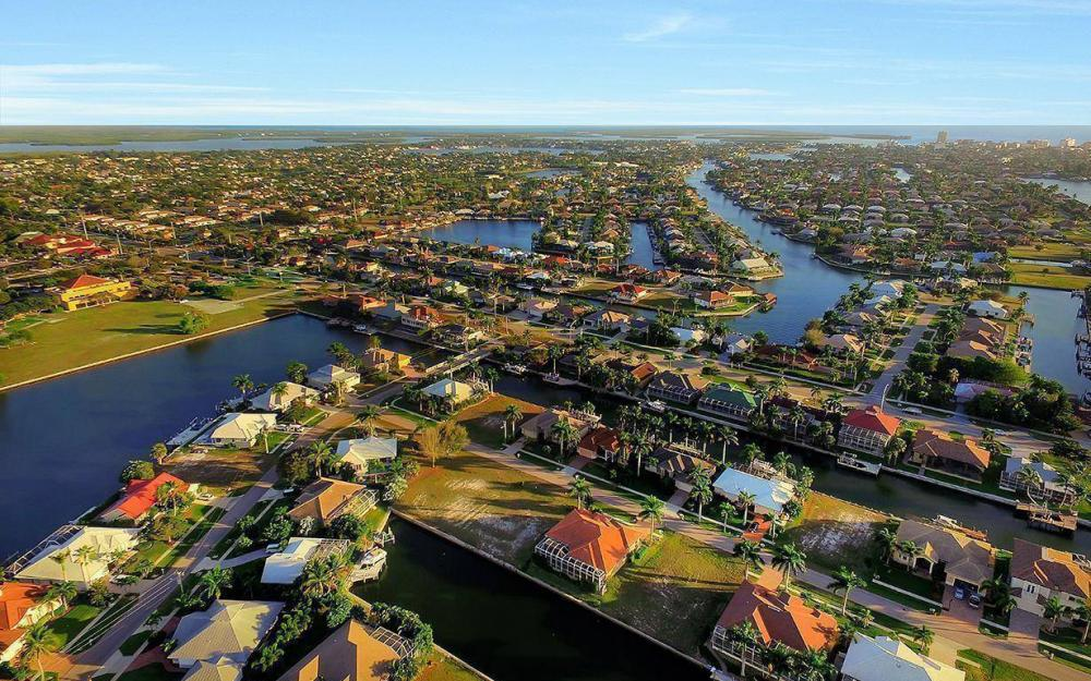1068 Cottonwood Ct, Marco Island - Lot For Sale 262957202