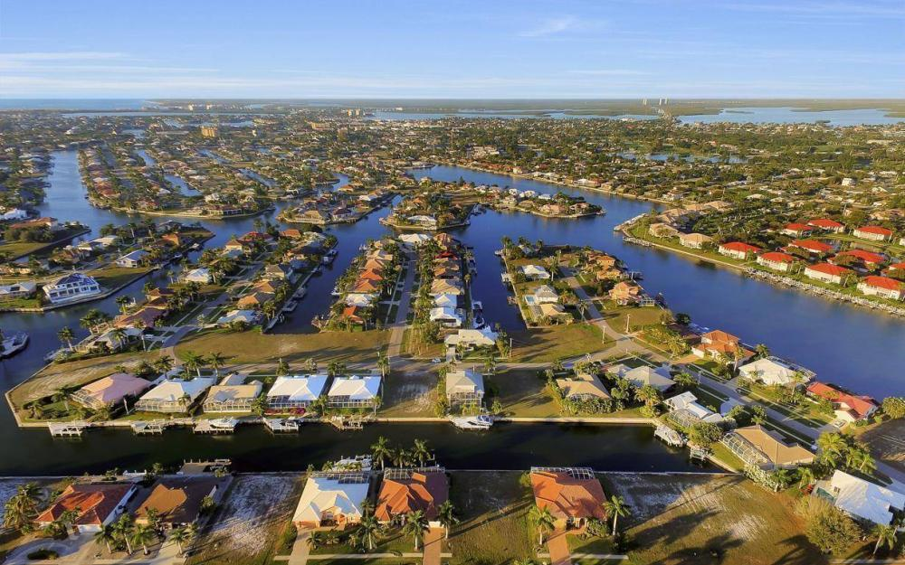 1068 Cottonwood Ct, Marco Island - Lot For Sale 730005791