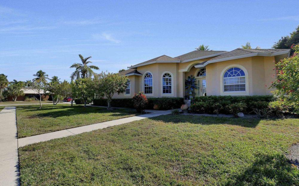 731 Lime Ter, Marco Island - Home For Sale 1273809192