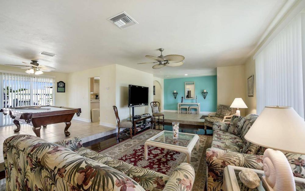 1031 Mendel Ave, Marco Island - Home For Sale 1727509803