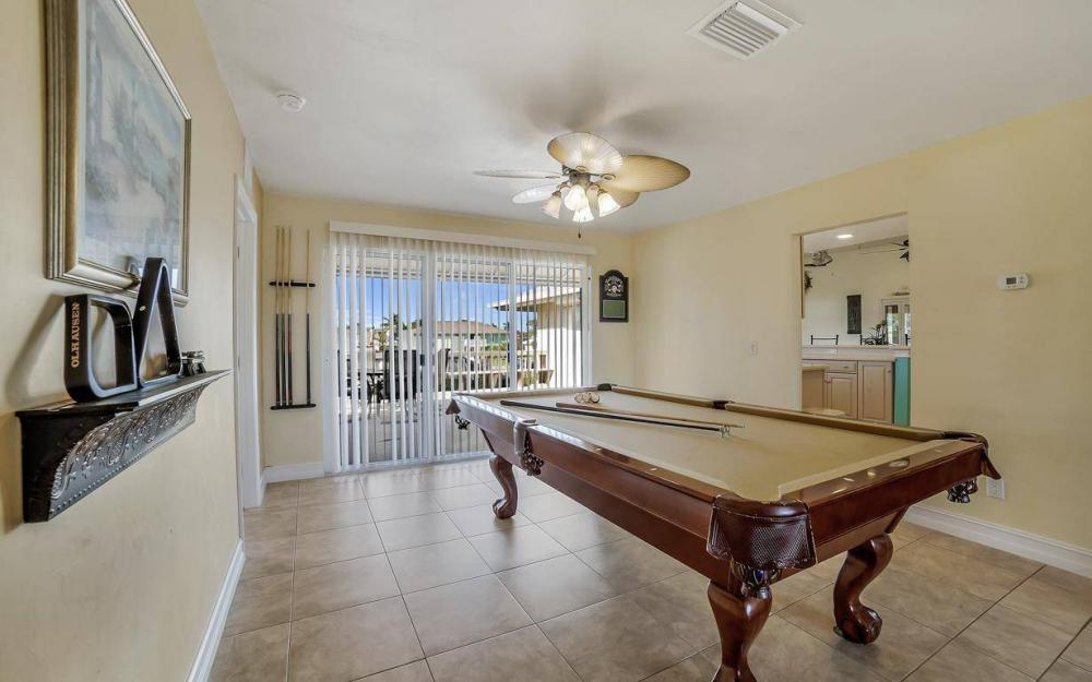 1031 Mendel Ave, Marco Island - Home For Sale 718323716