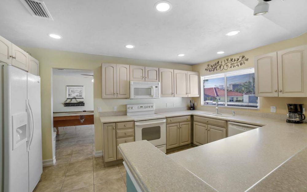 1031 Mendel Ave, Marco Island - Home For Sale 1232856502