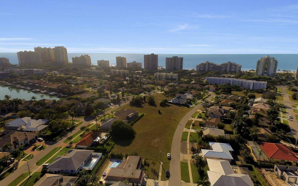 1031 Mendel Ave, Marco Island - Home For Sale 1240359572