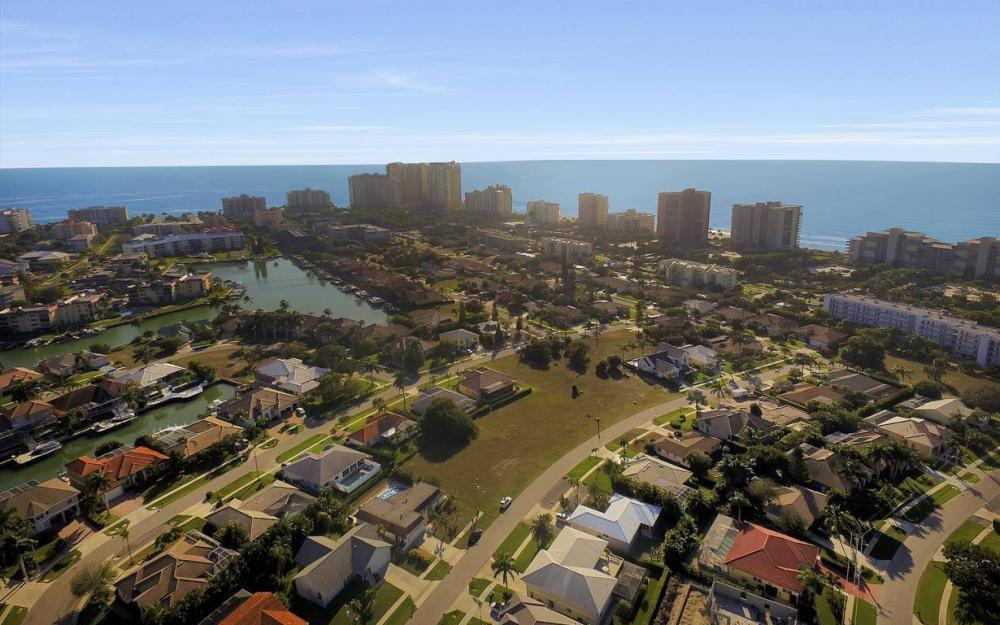 1031 Mendel Ave, Marco Island - Home For Sale 570980481