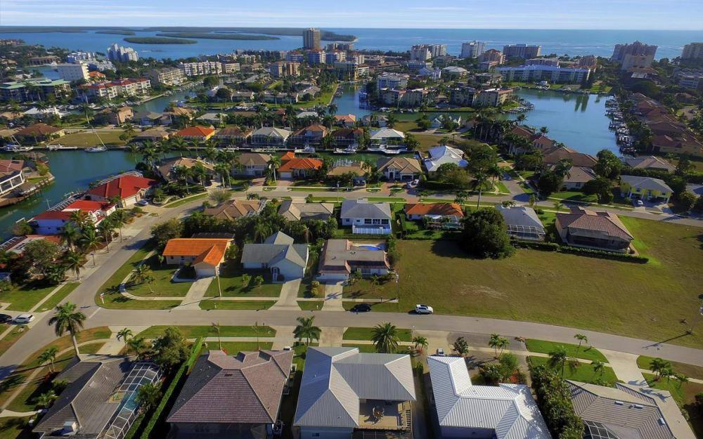 1031 Mendel Ave, Marco Island - Home For Sale 7689096