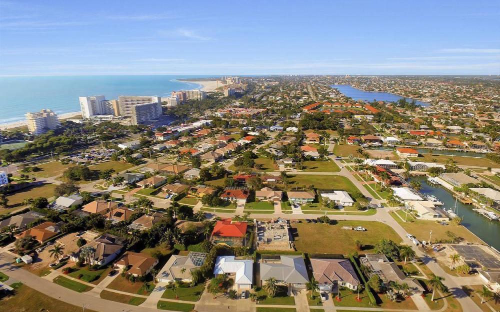 1031 Mendel Ave, Marco Island - Home For Sale 424909071
