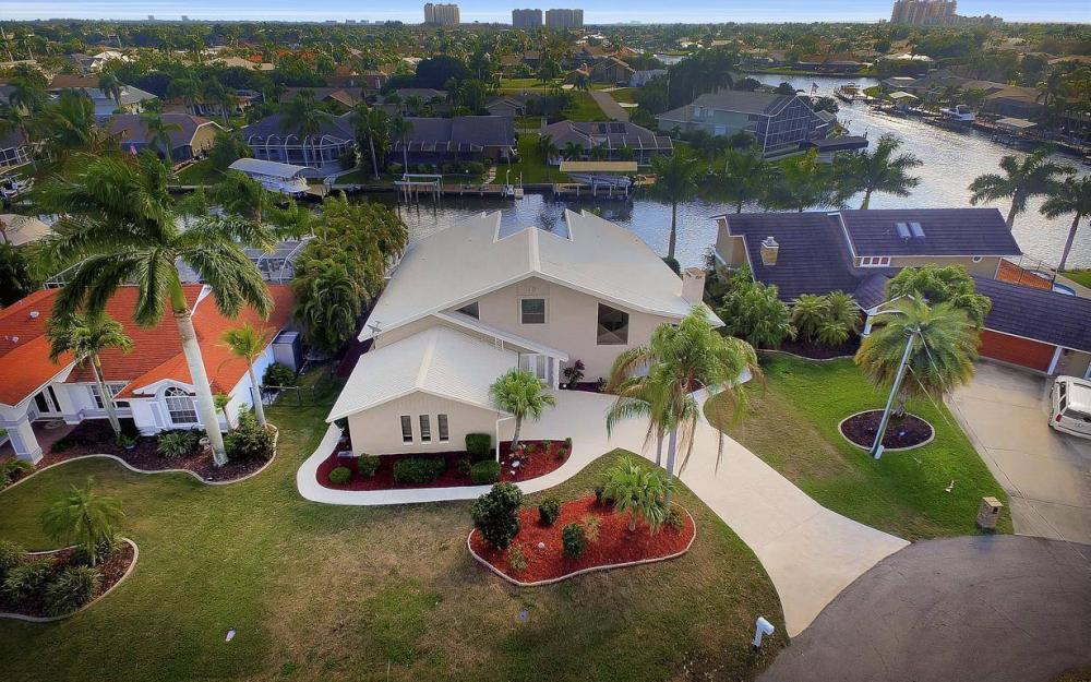 1222 SW 51st St, Cape Coral - Home For Sale 1808565786