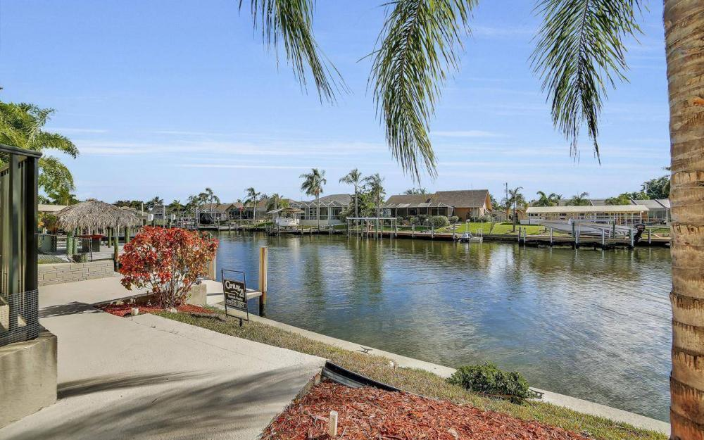 1222 SW 51st St, Cape Coral - Home For Sale 1764819055