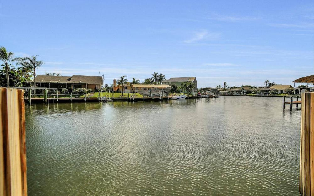 1222 SW 51st St, Cape Coral - Home For Sale 983388742