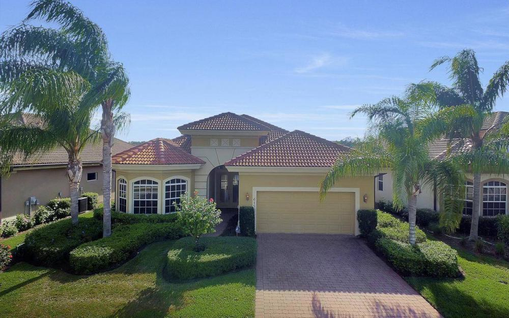 6156 Dogleg Dr, Naples - Home For Sale 1215837364