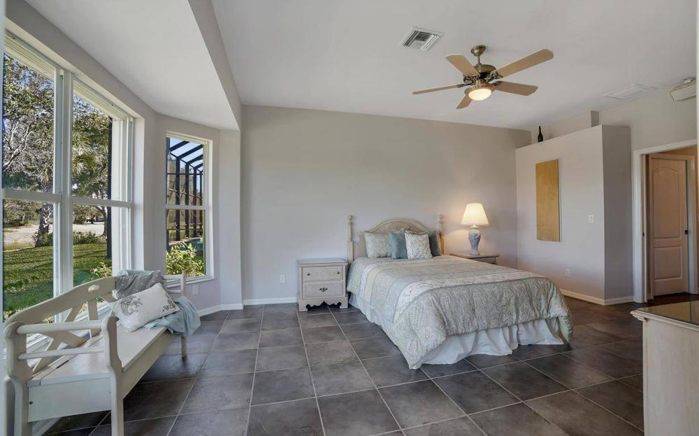 20370 Rookery Dr, Estero - Home For Sale 319655297