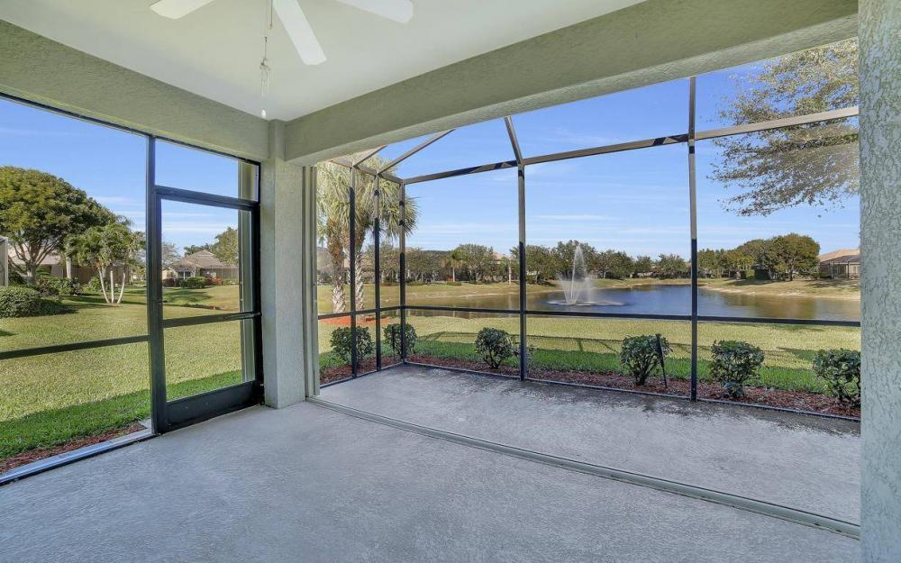 20370 Rookery Dr, Estero - Home For Sale 1060740363