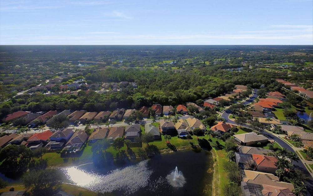 20370 Rookery Dr, Estero - Home For Sale 278588315
