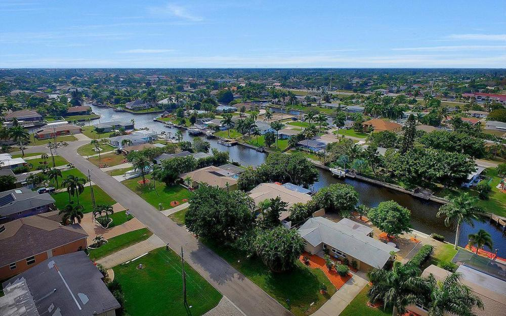 3102 SE 17th Pl, Cape Coral - Home For Sale 1239020370