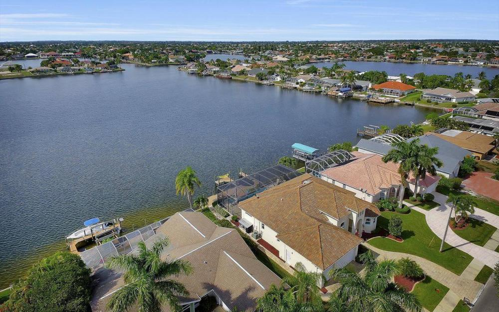5410 Pelican Blvd, Cape Coral - Home For Sale 50788654