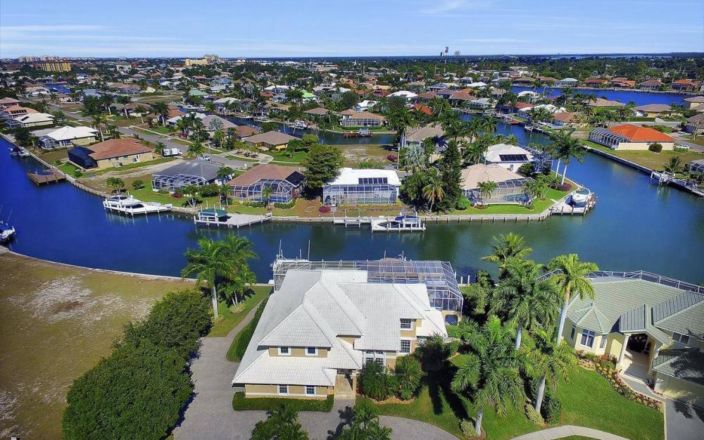 227 Edgewater Ct, Marco Island - Luxury Home For Sale 1557606428