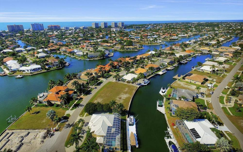 227 Edgewater Ct, Marco Island - Luxury Home For Sale 93763675