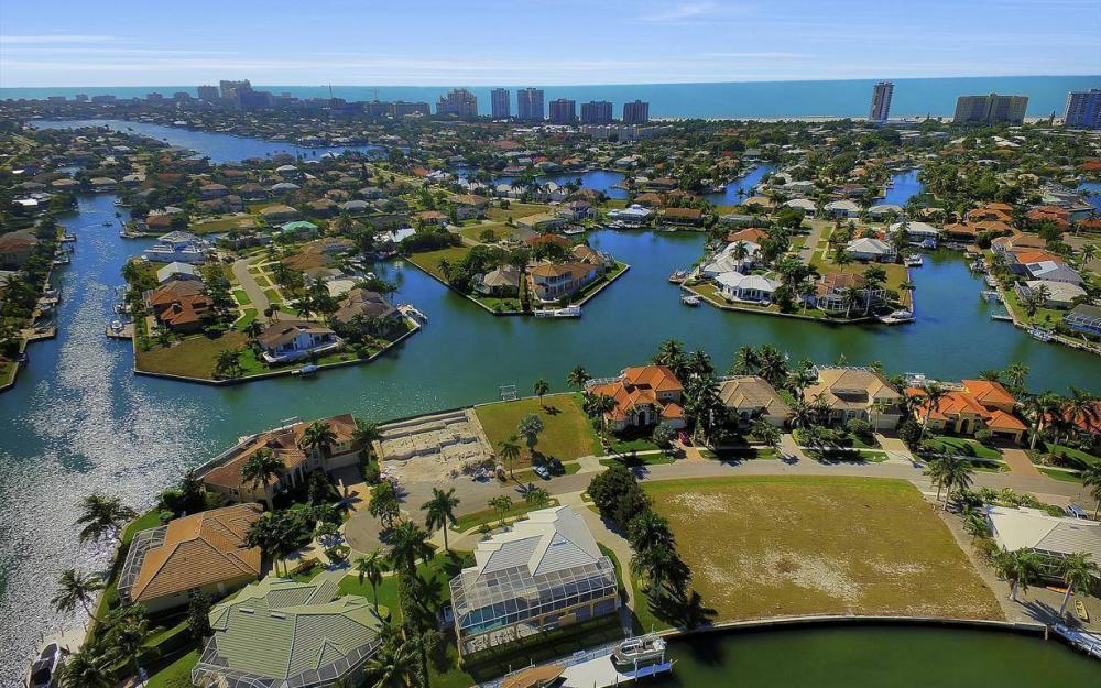 227 Edgewater Ct, Marco Island - Luxury Home For Sale 1738303959