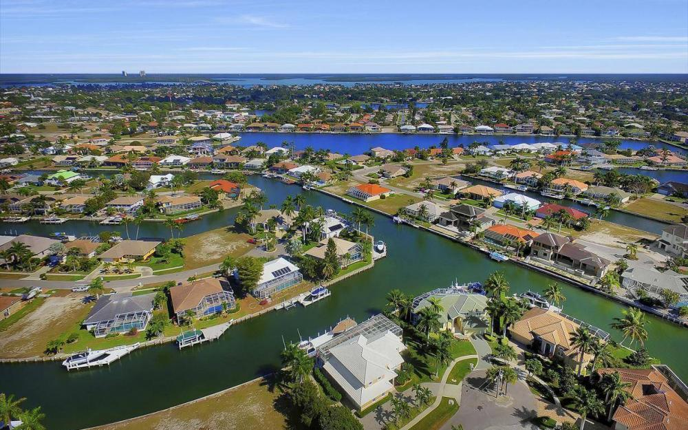 227 Edgewater Ct, Marco Island - Luxury Home For Sale 1606307937